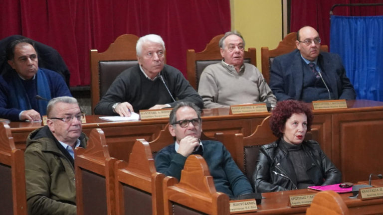 Έκτακτο Περιφερειακό Συμβούλιο μετά την επίταξη-Σταματά το διάλογο με Κυβέρνηση
